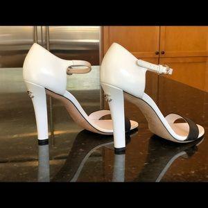 Chanel pumps heels black white CC logo size 40 9